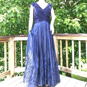 Patra Dresses & Skirts - Gorgeous Patra Evening Gown in Midnight Blue Sz 12