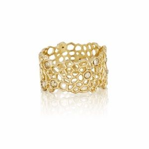 Chloe + Isabel Jewelry - ▫️Chloe and Isabel Golden Honeycomb Ring sz 7▪️