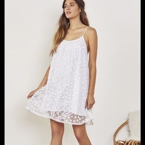 Tularosa Dresses & Skirts - TULAROSA Floral Embroidered Appliqué Dress