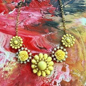 Jewelry - Resin & Rhinestone Floral Statement Necklace