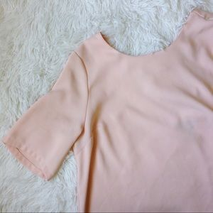 TOPSHOP light pink short sleeve low back blouse