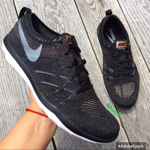 reputable site 1bdd7 1135e Nike free tr focus flyknit rose gold sneakers