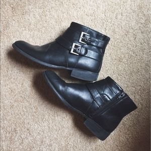 Life Stride Shoes - Life Stride Black X-Moto Booties