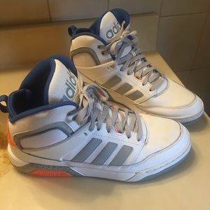 Adidas High Top  Sneakers New York Knick Style!