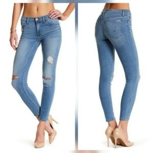 Hudson Nico Midrise Stretch Skinny Jeans in Barrow