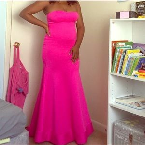 Dresses & Skirts - Hot pink fuchsia strapless mermaid gown