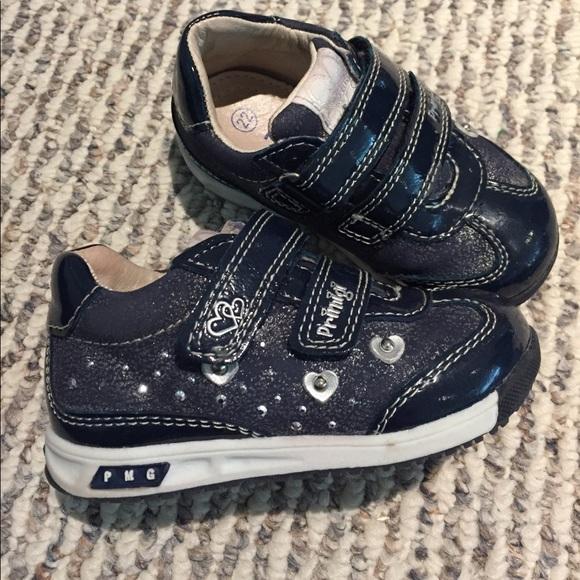 sports shoes 15d61 7f919 Girls navy blue primigi Italian sneaker 22 size