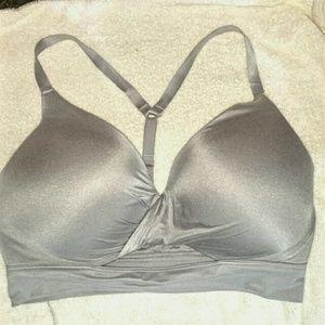 Victoria's Secret Other - 🌼 VS Uplift No Wire Bra 36DD
