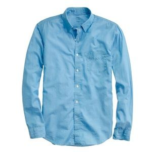 J. Crew Other - NWOT• J. Crew Chambray light weight button up ✨