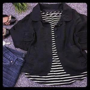 Larry Levine Jackets & Blazers - Lightweight black jacket - 3 buttons & cape style!