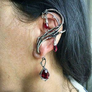 Hot Topic Jewelry - Fantasy ear Chandelier