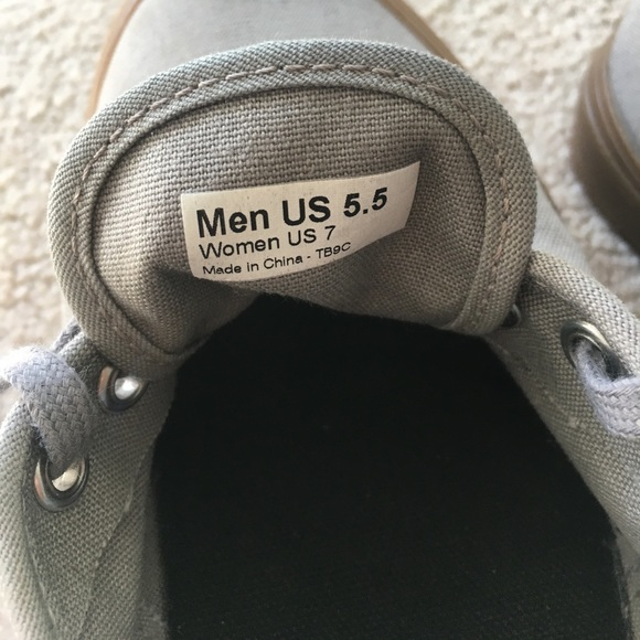 how to get gum off shoe sole