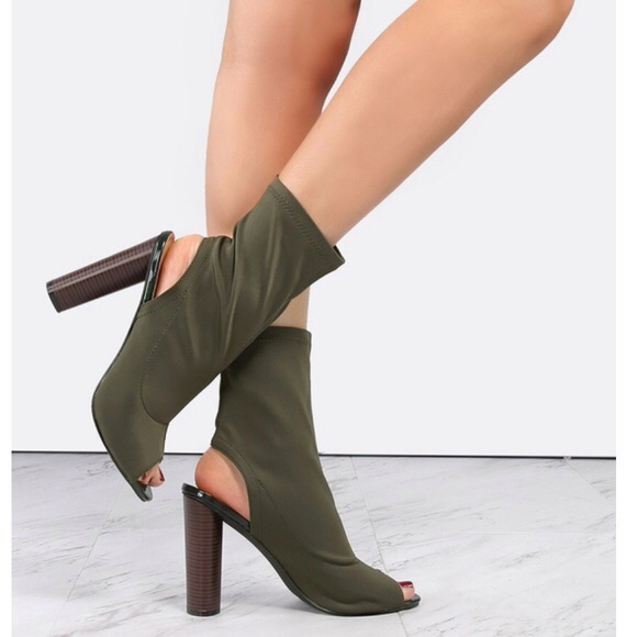 f6a9f4eb1cc1c 🎉SALE Ladies backless peep toe high heels booties