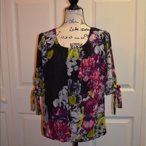 Maurice's Floral Print Blouse Size Large