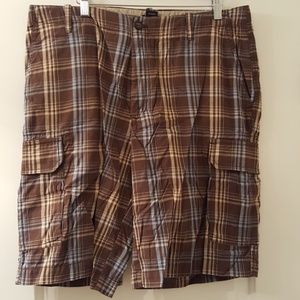 Izod Other - IZOD Men's Cargo Shorts Size 34