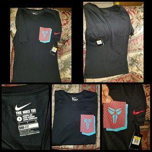 Nike kobe bryant pocket tshirt sz small