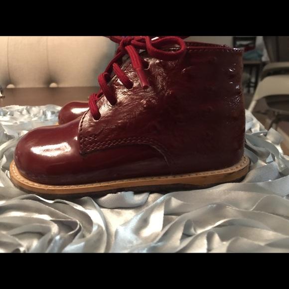 70 josmo other josmo patent leather croc