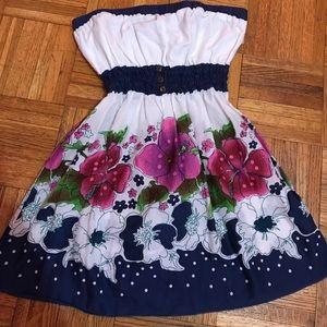 Fang Tops - Fang Floral Print Sleeveless Tunic Size M