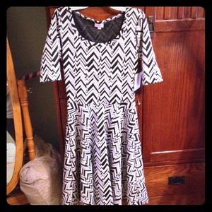 Lularoe Nicole Dress S NWT