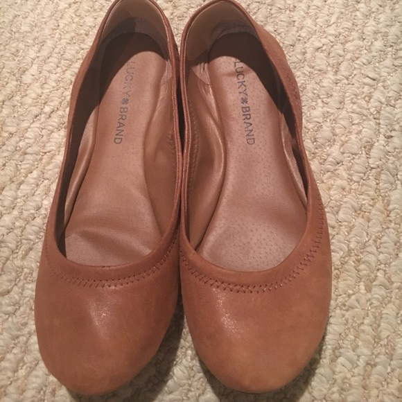 b04ced89143f Lucky Brand Shoes - Distressed Tan Flats - Wide Width!