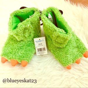 Other - 🎉Host Pick 5/25🎉Green & Orange Dinosaur Slippers