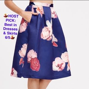 Dresses & Skirts - 💕💕BUT 2 GET ONE FREE💕💕🛍