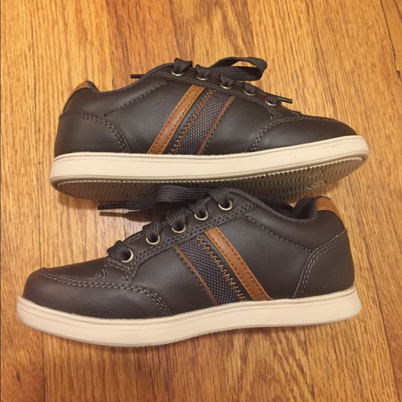 American Eagle Tennis Shoes Payless