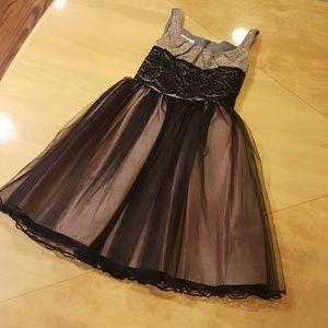 iris & ivy Other - Formal Dress