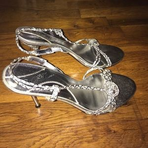 Shoes - Silver Rhinestone Formal High Heel Shoes- Size 10