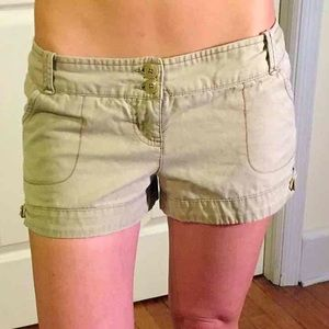 Junior sz 5 Tan Shorts