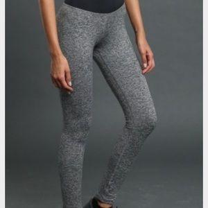 Pants - Noli yoga Bowery leggings