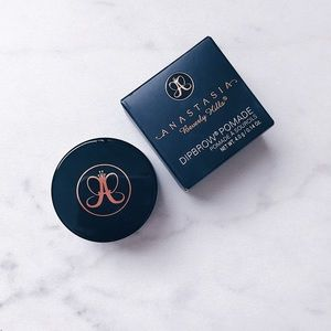 Anastasia Beverly Hills Other - ✨Anastasia Dipbrow Pomade in Dark Brown✨