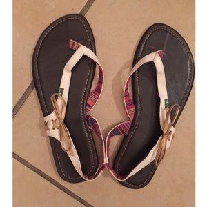 Sanuk Shoes - Sanuk Sandals White Gold Leather Flip Flops