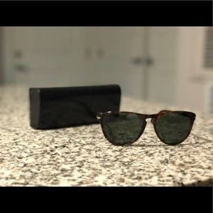 Persol Accessories - Persol sunglasses and case