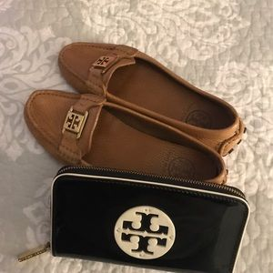 Tory Burch Shoes - Tory Burch Kendrick Driver Loafers,Size-6.5away
