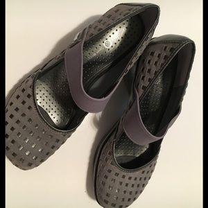 Jambu Shoes - Jambu Sport design wedges