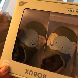 Bobux Other - Soft-Soled Leather Baby Shoes. Adorable elephants.