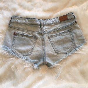 BDG Pants - 🆕BDG Light Wash Low Rise Cut Offs