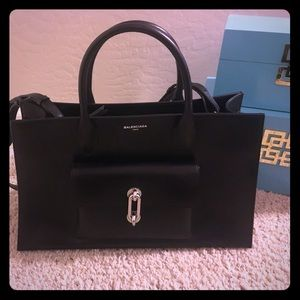 Balenciaga Handbags - Balenciaga  Black Maillon Work S Leather Tote