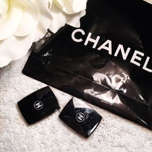 CHANEL Other - CHANEL eyeshadows