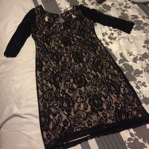 Dresses & Skirts - Knee length dress Size L