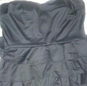 Dresses & Skirts - Strapless blk dress
