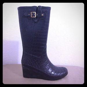 Khombu Shoes - Khombu Purple Plastic Croc Embossed Rain Boots 8