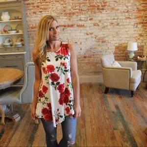 Tops - Floral asymmetrical sleeveless tunic