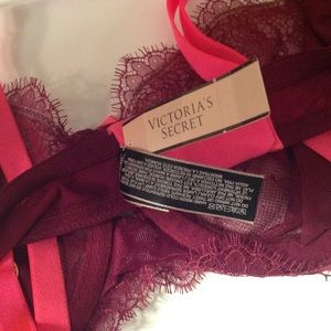 Victoria's Secret Intimates & Sleepwear - 36D Victoria's Secret Unlined Demi