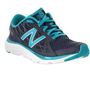 New Balance Shoes - New Balance 690V4
