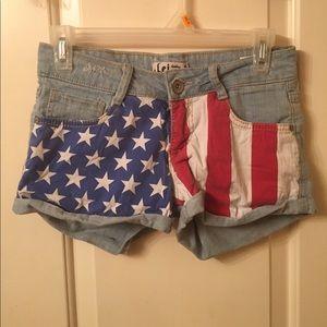 Pants - 🇺🇸Sale❗️Lei American flag shorts