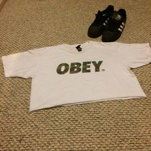 Obey Tops - Obey Camouflage crop top
