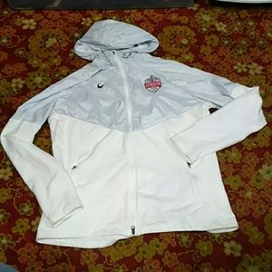 Nike Dri Fit Women's Wind Breaker London Olympics