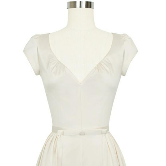 9730b63ef8d7 NWT Candace Gwinn Liz Dress in Antique White